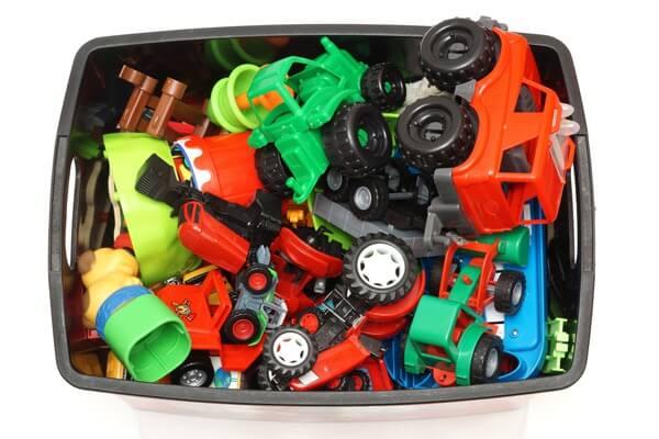 toys-box-full-1