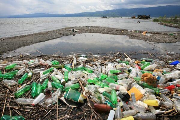 plastic-ocean.full (1)