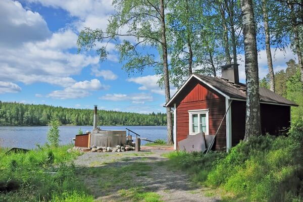 saimaa-nature-house-lake-full