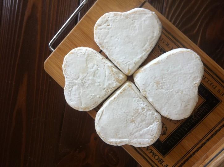сыр из ферма-сыроварня Деревня