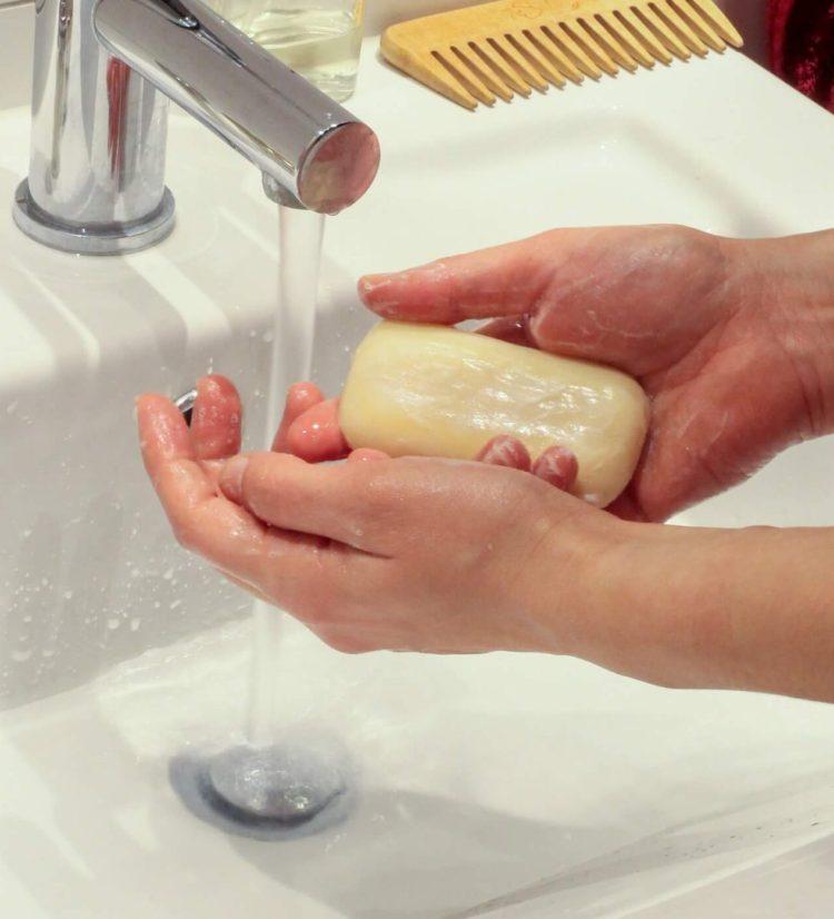 как правильно мыть руки 2020