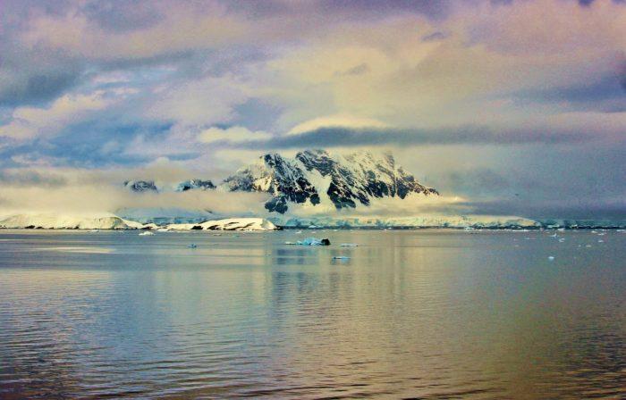 antarctica-Изображение Michelle Maria с сайта Pixabay