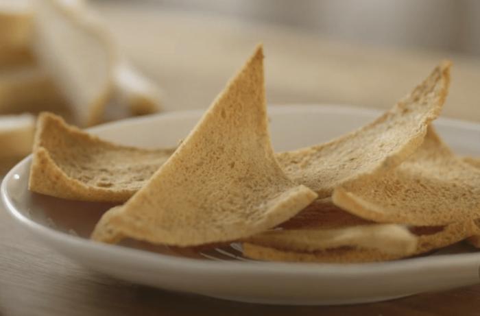 черствый хлеб что приготовить рецепты Melba Toast