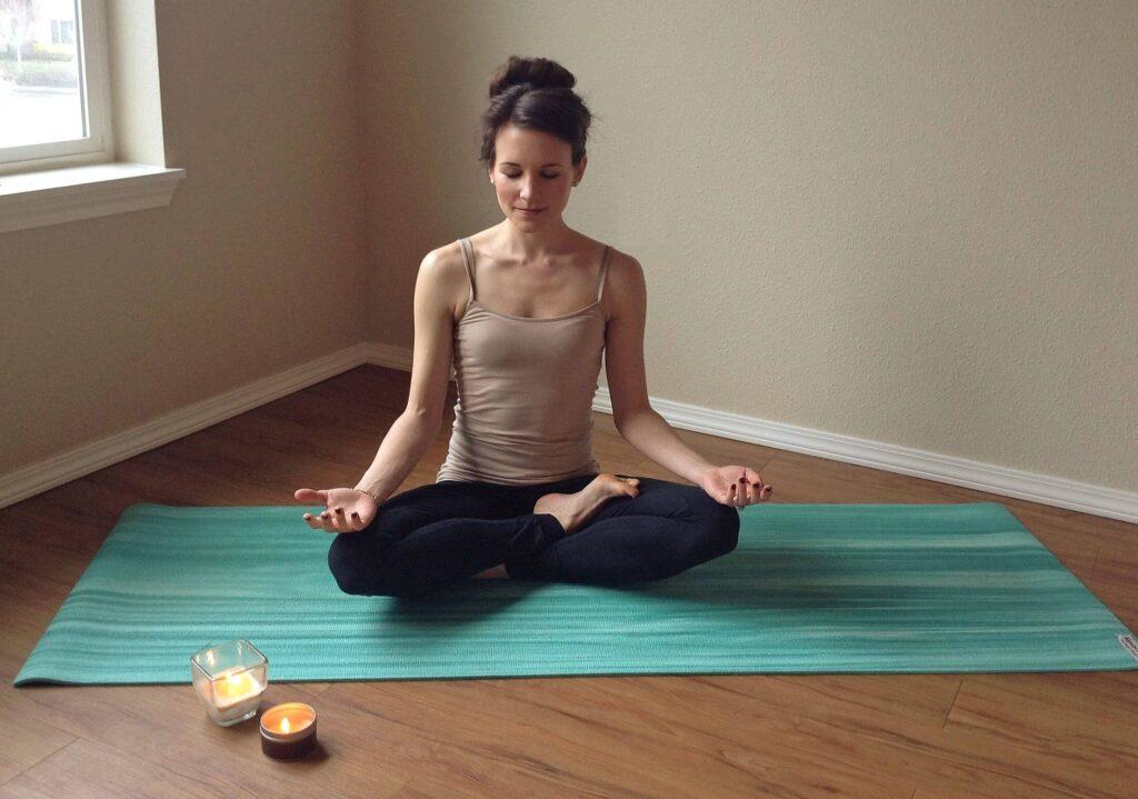 медитация йога X fit