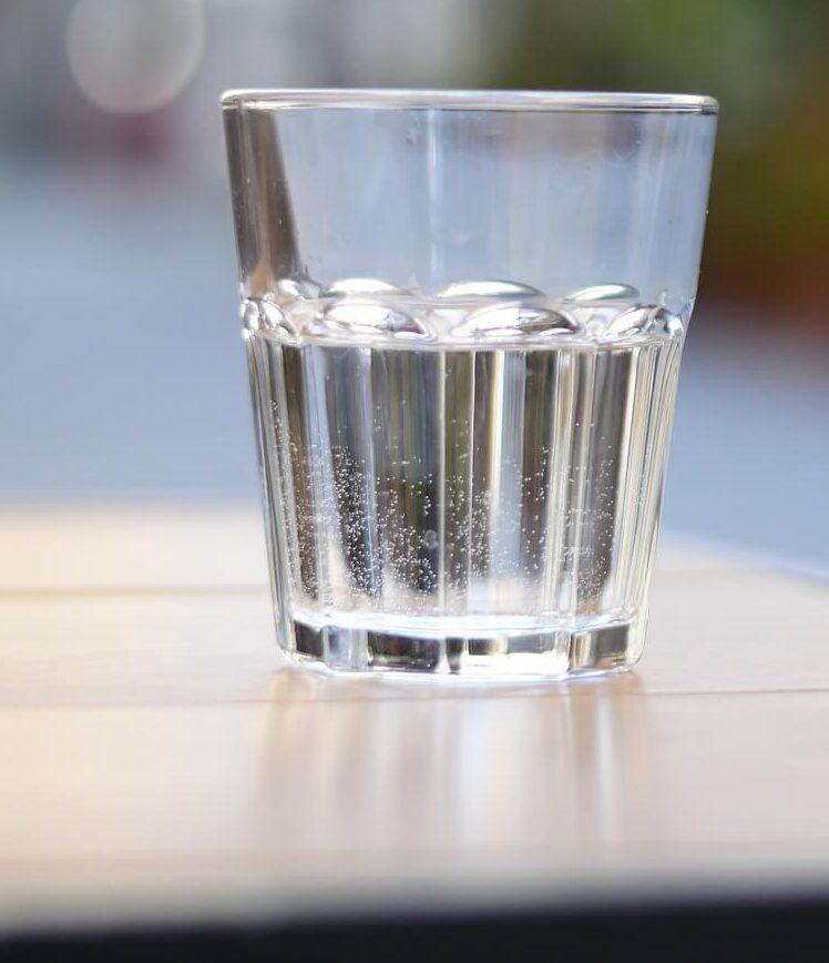 какую воду можно пить Изображение Andrey Salnikov с сайта Pixabay