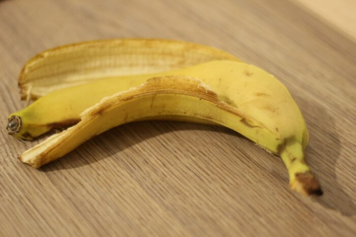 что делать с банановой кожурой Изображение vicran с сайта Pixabay