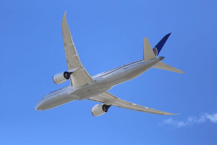 самолет франция перелеты Изображение Korneel Luth с сайта Pixabay