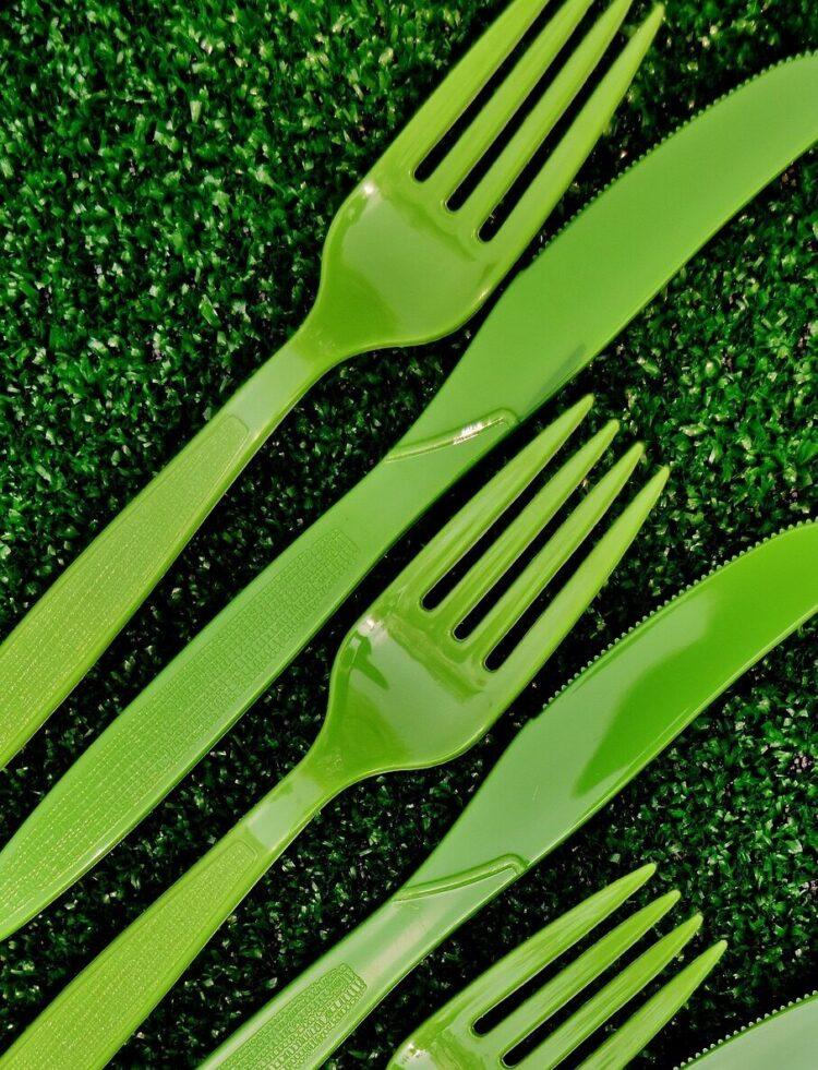 пластиковые вилки с pixabay