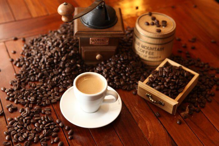 кофе и зерна с сайта Pixabay