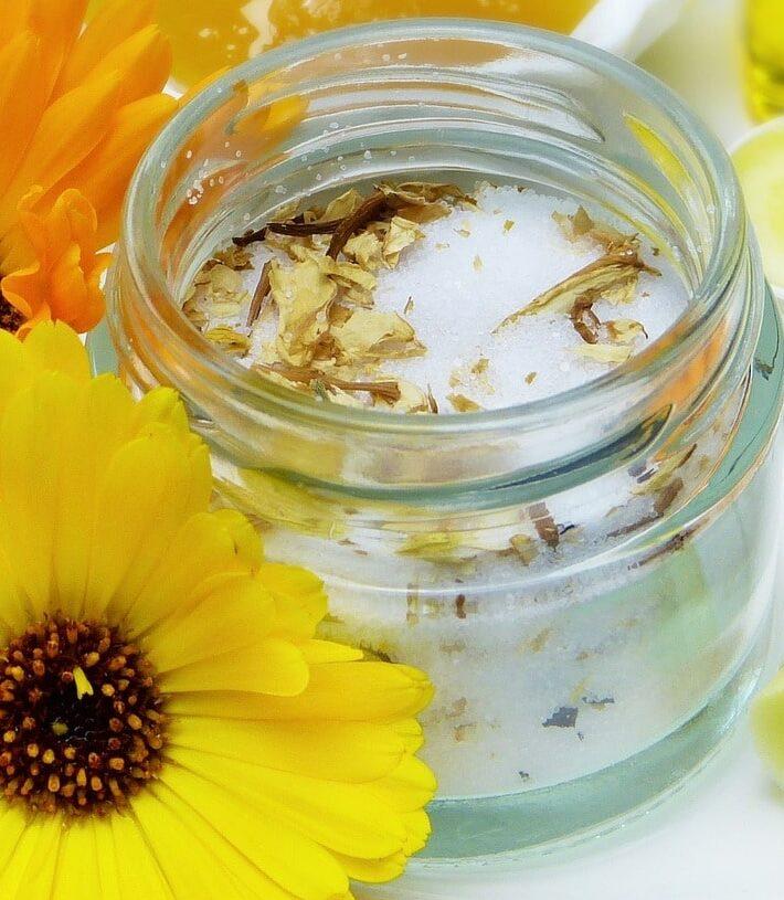 домашний скраб для тела 8 рецептов Изображение silviarita с сайта Pixabay