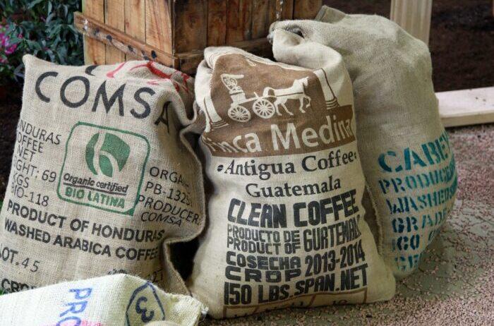 мешки с кофе Изображение Bernd Hildebrandt с сайта Pixabay
