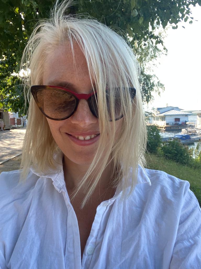 Анна Садикова