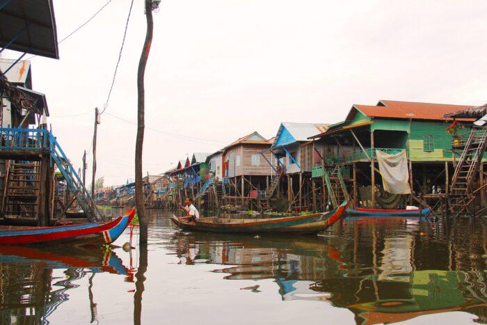 Озеро в Камбодже kompong-phluk-kompong Изображение Sharon Ang с сайта Pixabay