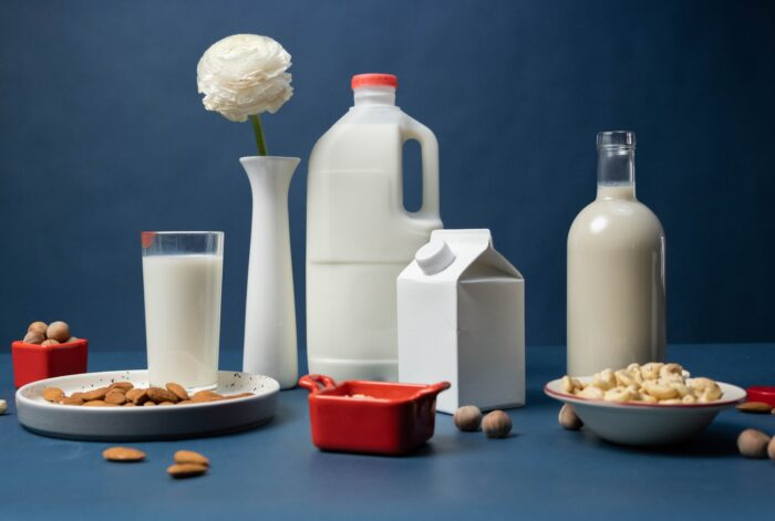 молоко на растениях pexels-cottonbro