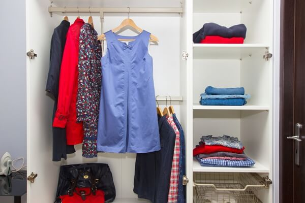 woman-wardrobe.full (1)