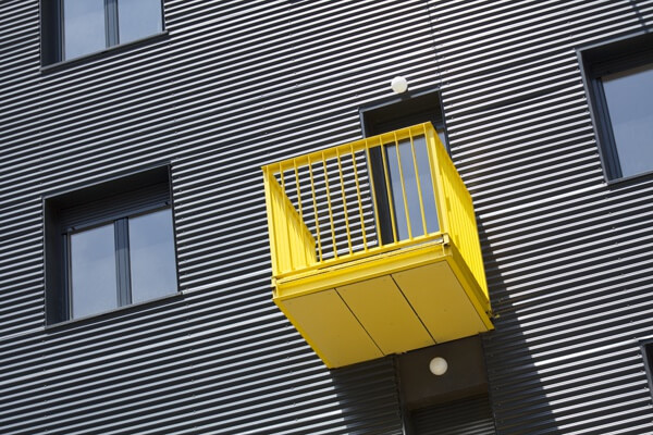 yellow-balcony.full (1)