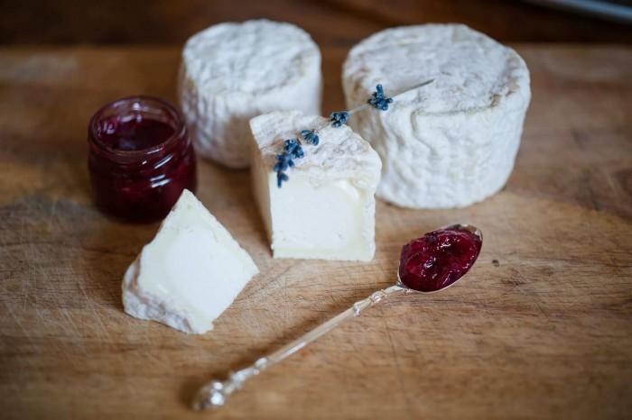Дворяниновский сыр